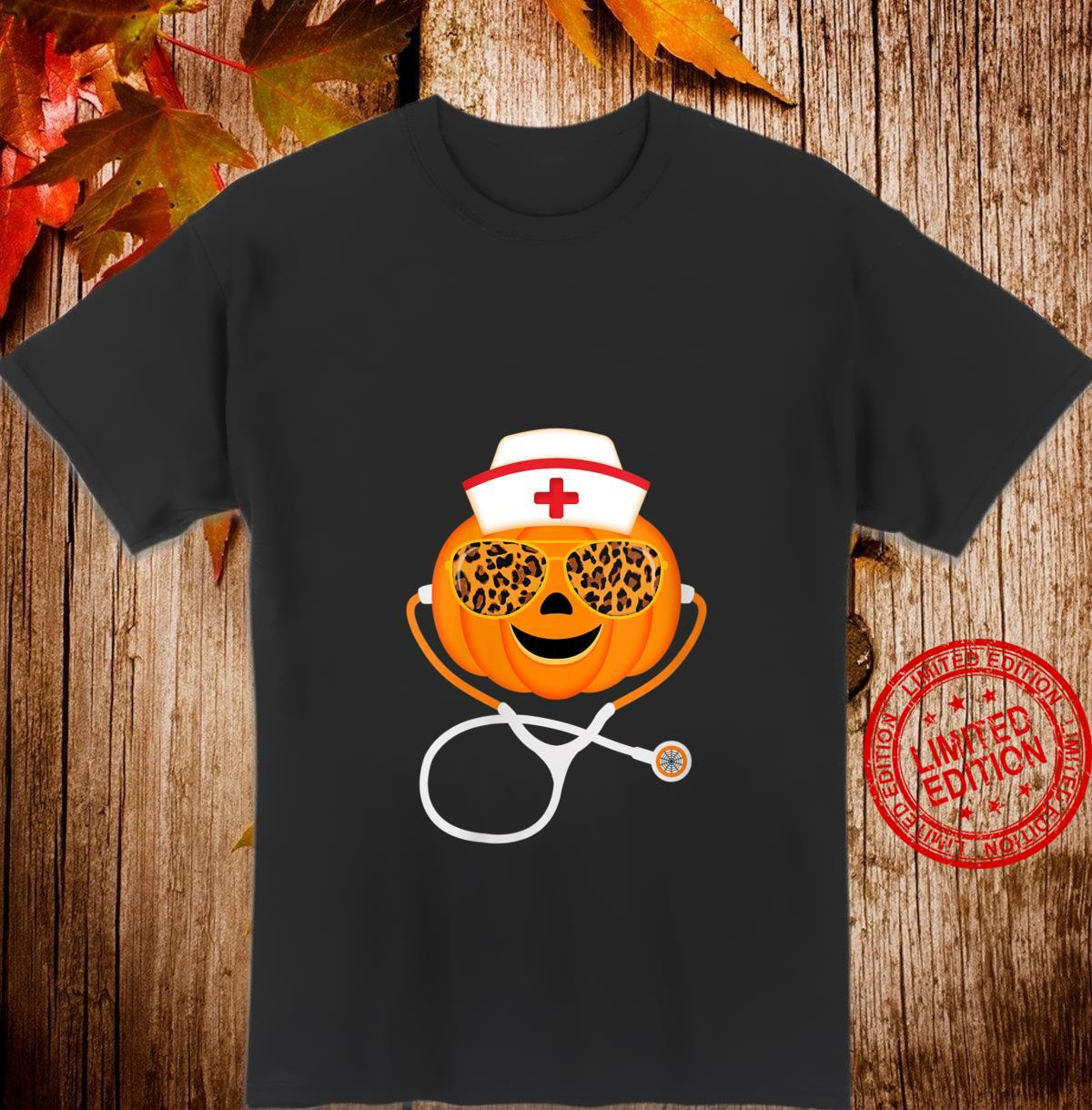 Womens Nurse Pumpkin face Halloween Stethoscope Sunglasses Leopard Shirt